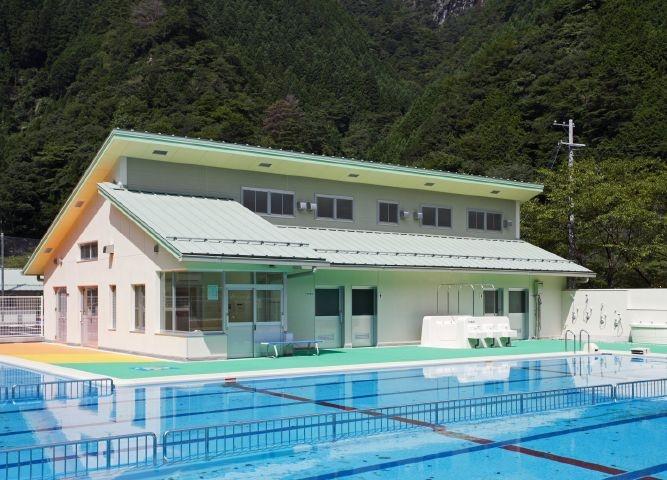 大塔小中学校プール